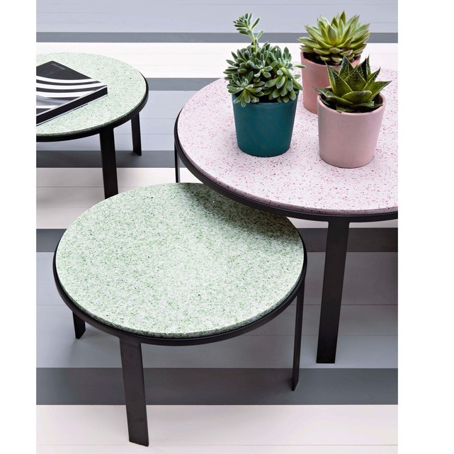 table d'appoint rose pastel